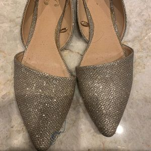 Size 10 gold flat shoes